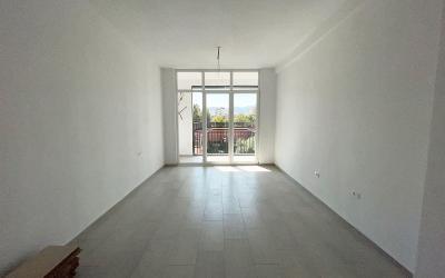 Apartament 1+1 Me Qira - Adresa: PRANË ISH NSHARAK Tirane
